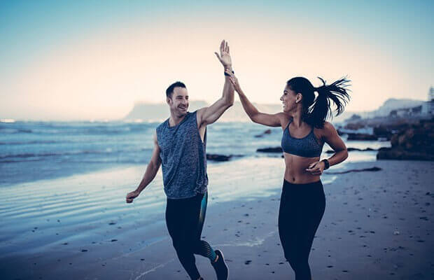 lovers jogging