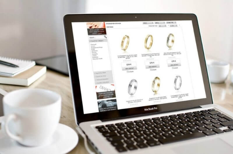online jewelry store on a laptop