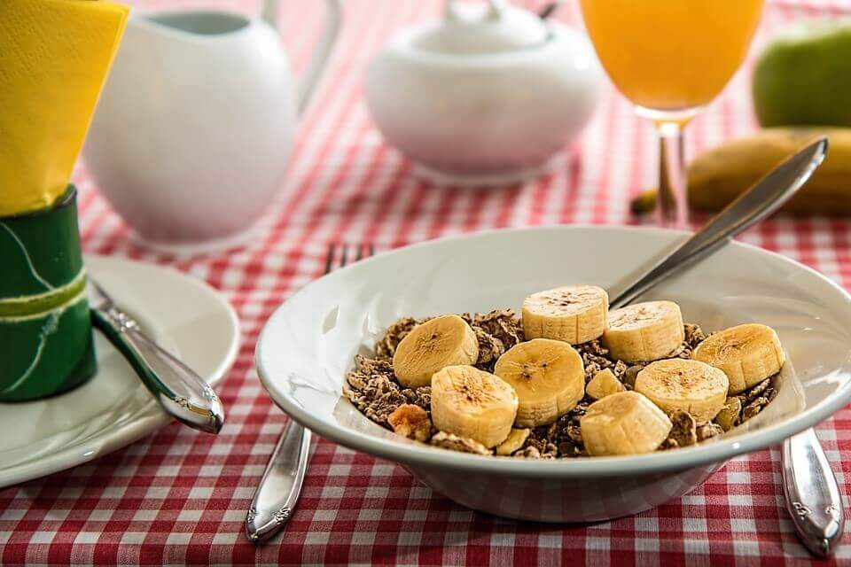 cereal and banana