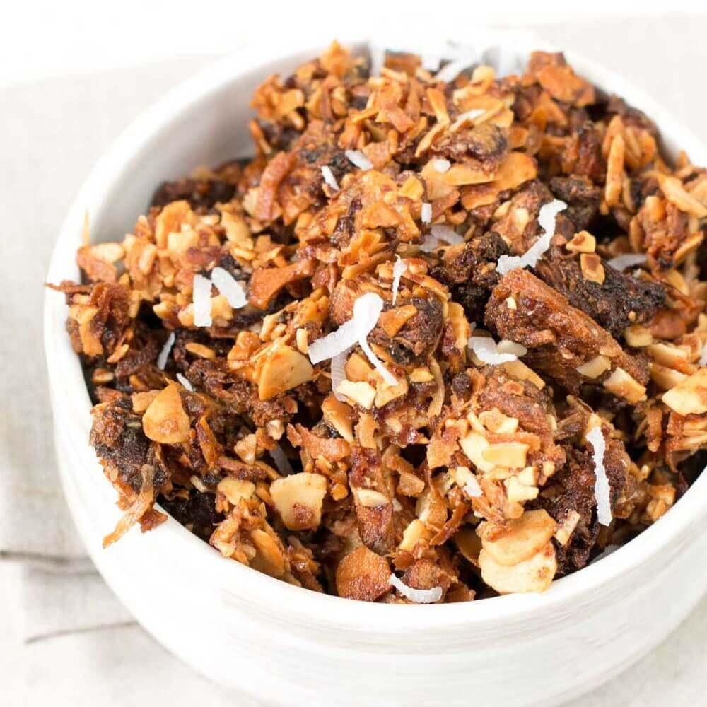 featured-tropical-granola