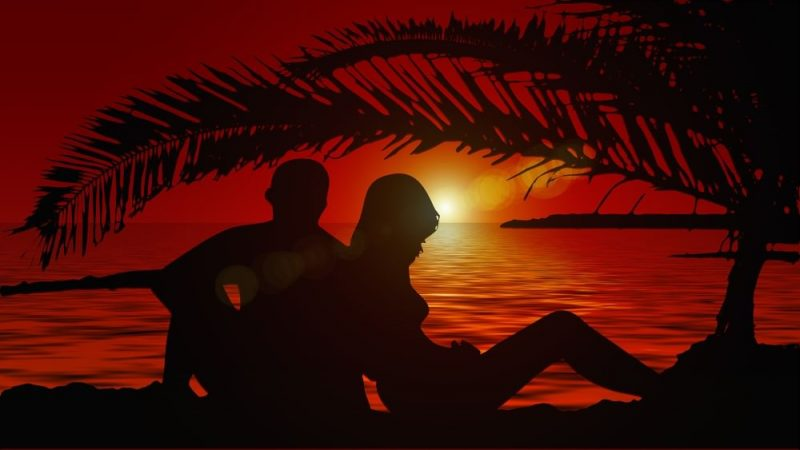 two lovers under the sunset