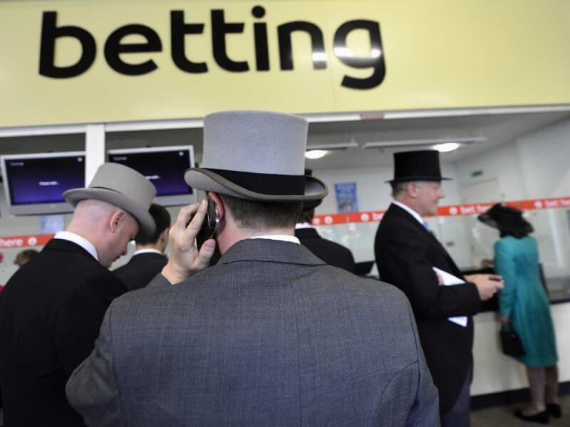 men betting